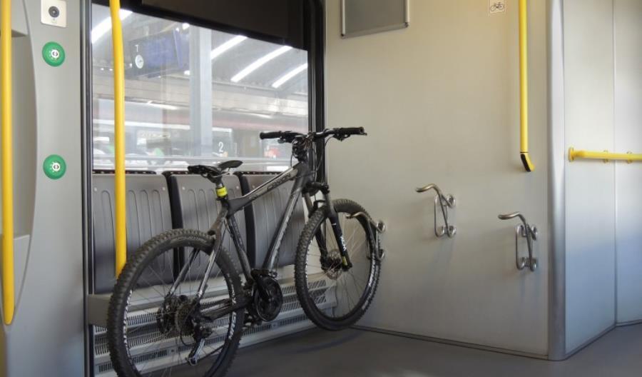 Sierpniowe nowości dla rowerzystów na kolei
