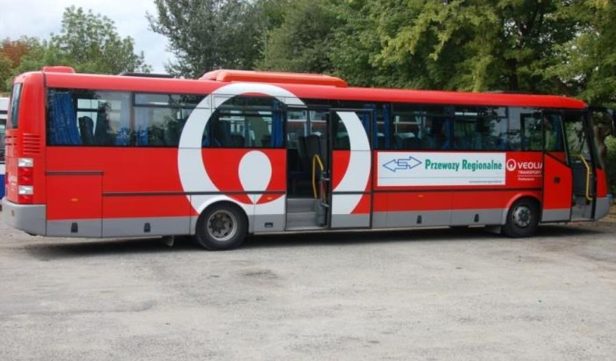Autobusy komunikacji zastępczej utrudniają podróż podwójnie
