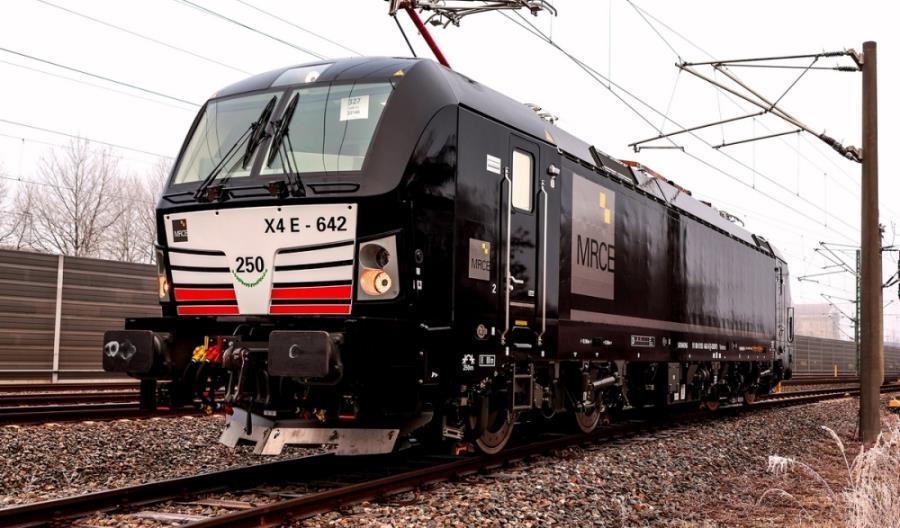 MRCE zamawia 30 lokomotyw Vectron