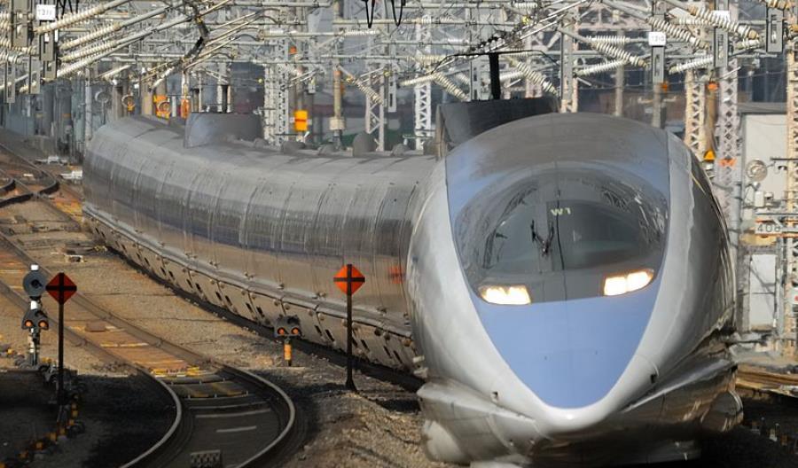 Japonia wesprze budowę kolei dużych prędkości w Indiach