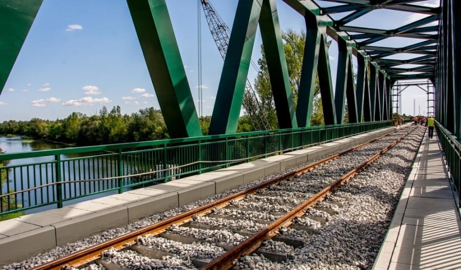 Koleje Rosyjskie remontują serbskie tory