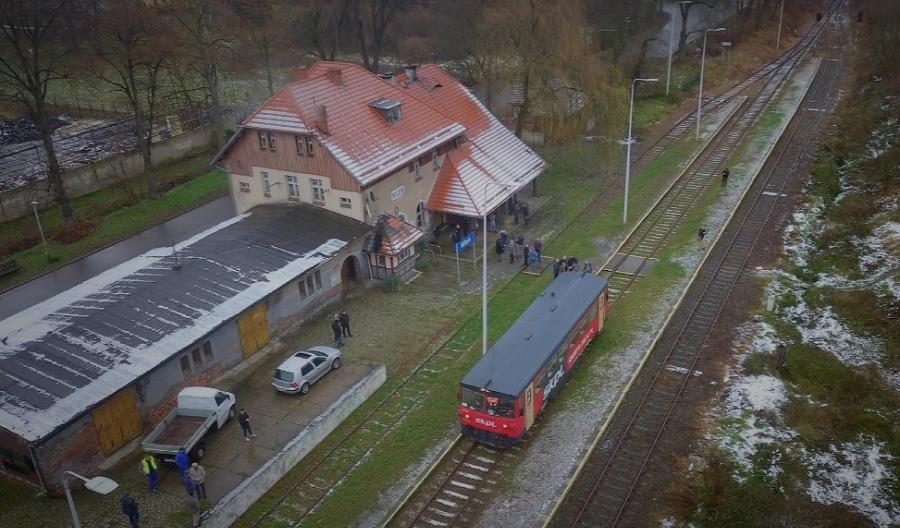 Przejazd specjalny po linii lwóweckiej. Burmistrz Wlenia: Nie odpuszczę tej trasy