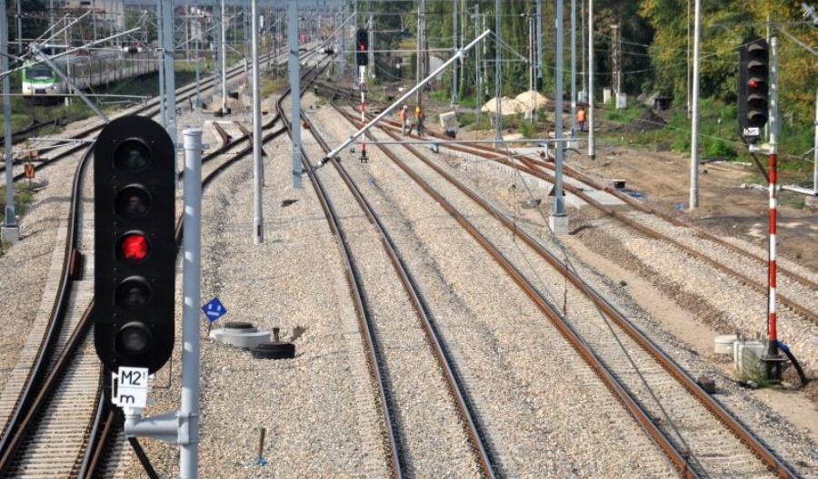 PLK chce uprościć system sygnalizacji świetlnej na sieci kolejowej