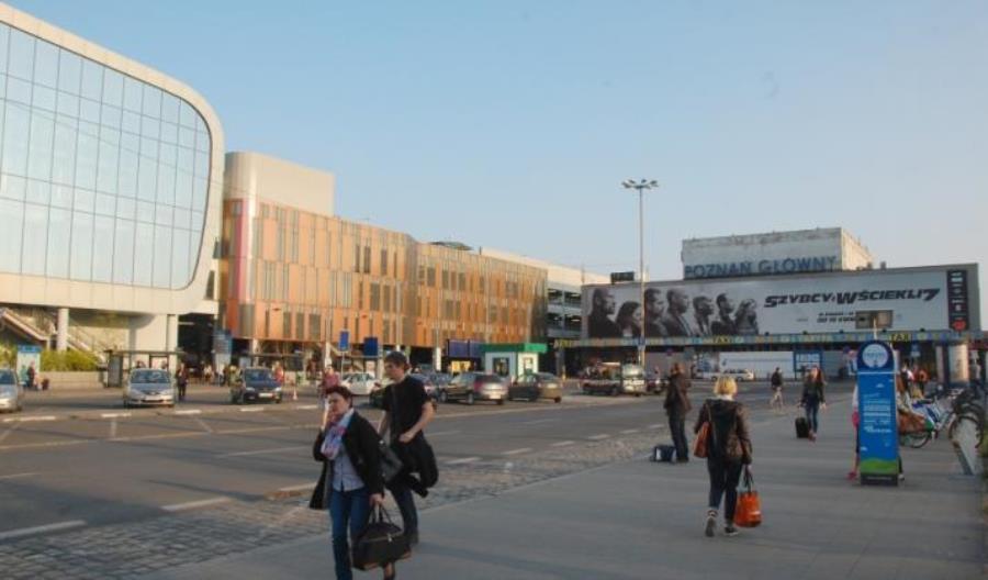 PKP SA: Chcemy czynnych sklepów na dworcach w niedziele