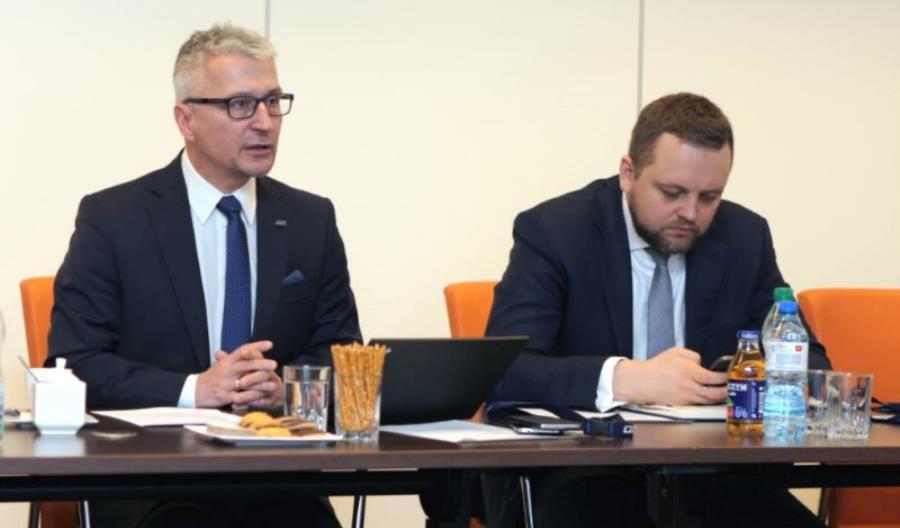 Rada do spraw transportu kolejowego wspiera działania prezesa UTK
