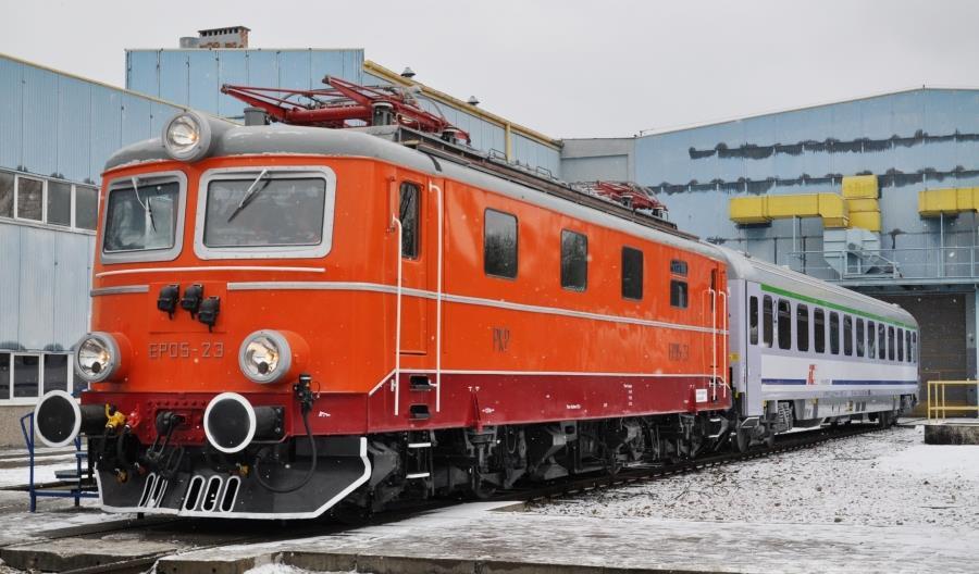 Po 10 latach EP05 wraca do prowadzenia pociągów pasażerskich