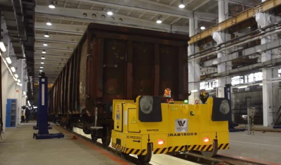 PKP Intercity kupi 6 lekkich pojazdów szynowo-drogowych do manewrów