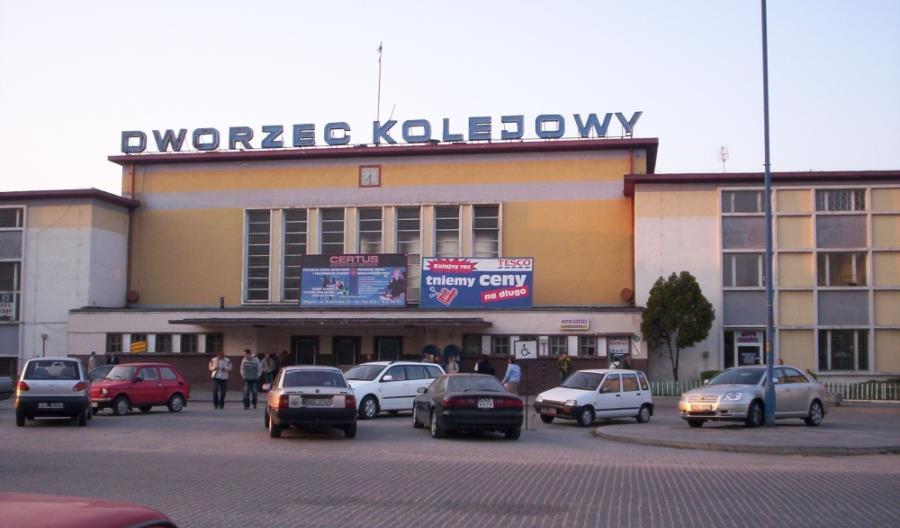 Modernistyczny dworzec w Głogowie
