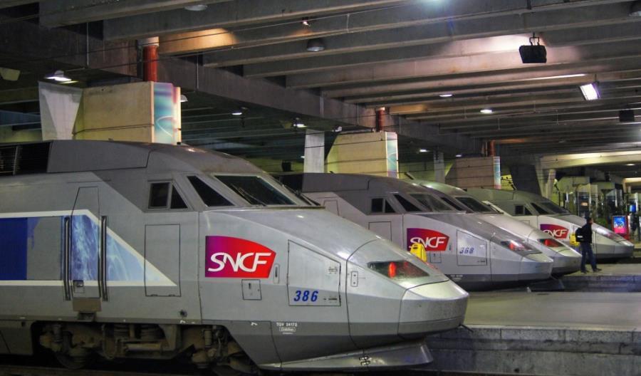 Francja: Setki odwołanych pociągów. Scenariusz będzie się powtarzał