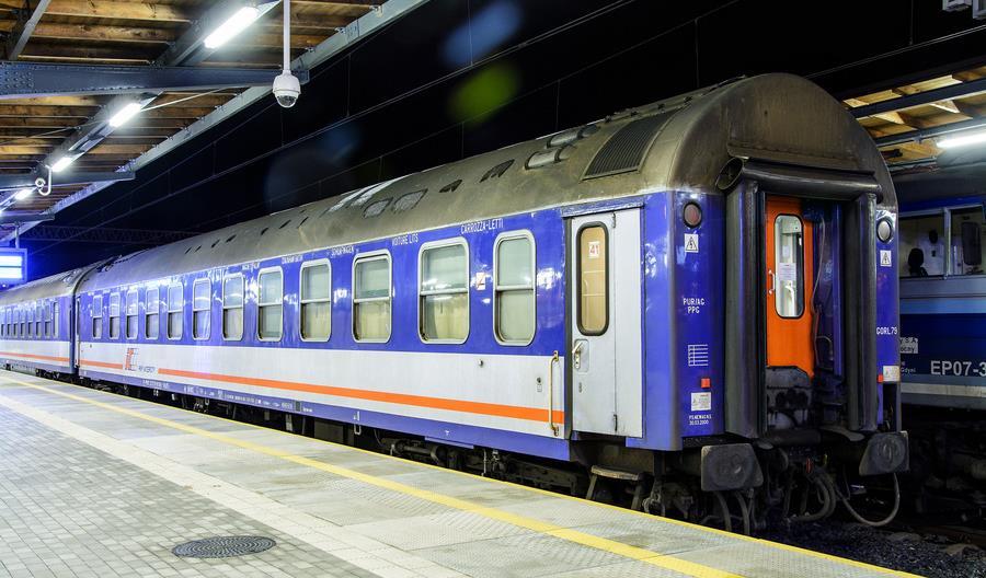 PKP Intercity: Więcej wagonów sypialnych i sprawny portal internetowy na wakacje
