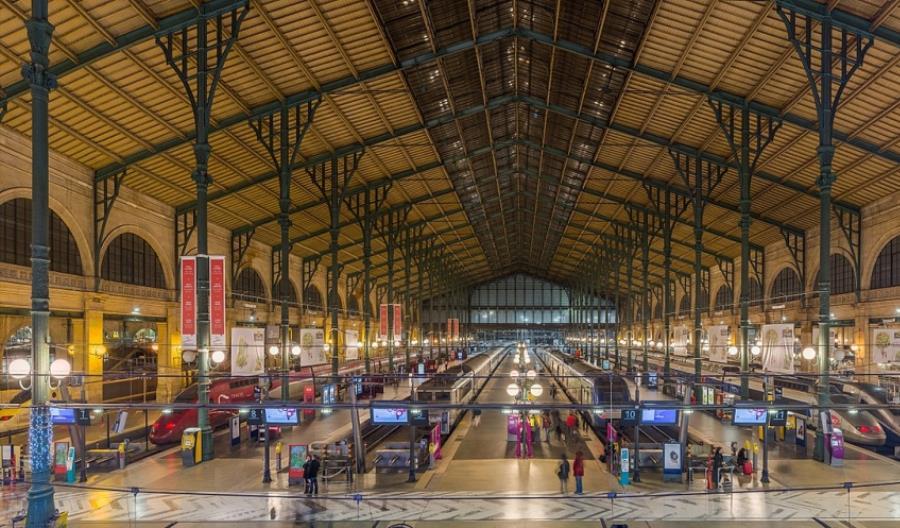 Największa paryska stacja do rozbudowy. Dziennie obsłuży 100 tys. pasażerów więcej