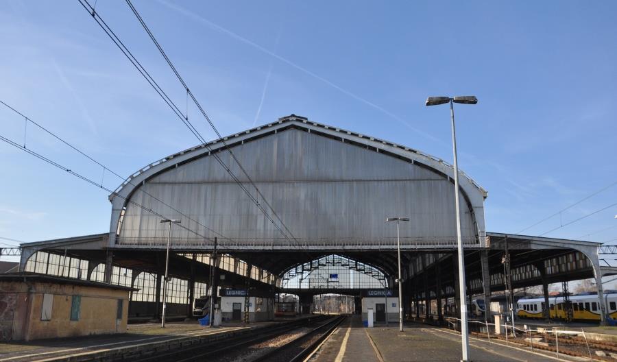 """Ministerstwo Infrastruktury odpowiada na pytania posłanek w sprawie """"pociągu widmo"""""""
