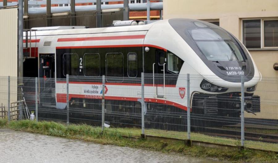 Koleje Wielkopolskie wkurzone. Od pół roku czekają na podpisanie umowy na Linki
