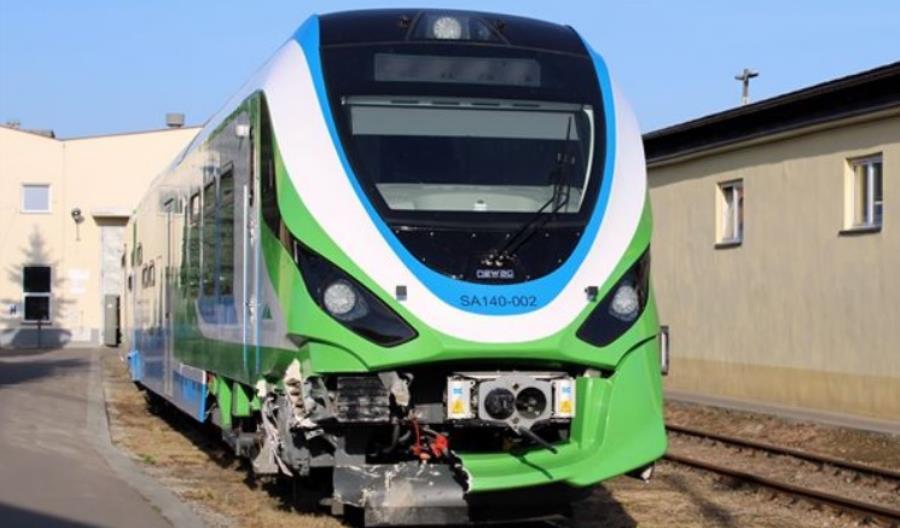 Najnowszy autobus szynowy w Polsce od 3 miesięcy stoi po wypadku