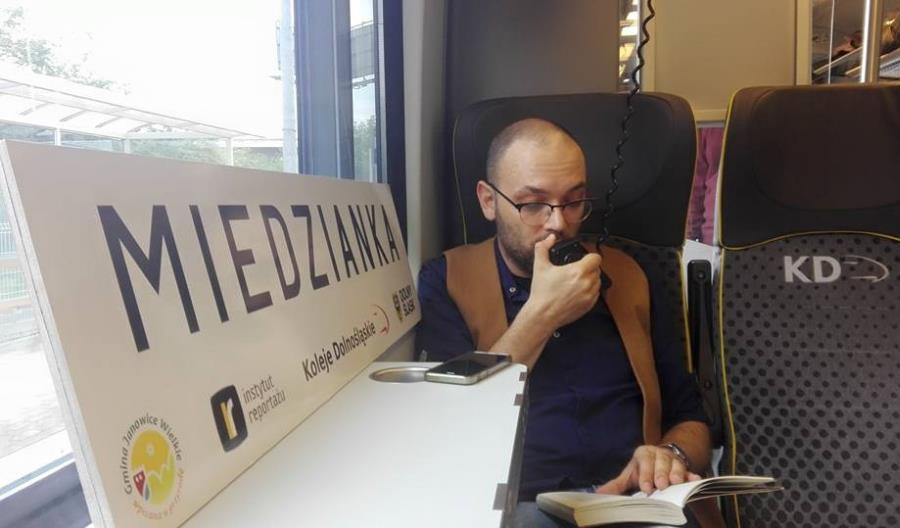 Pociągiem Kolei Dolnośląskich na Festiwal Reportażu w Miedziance