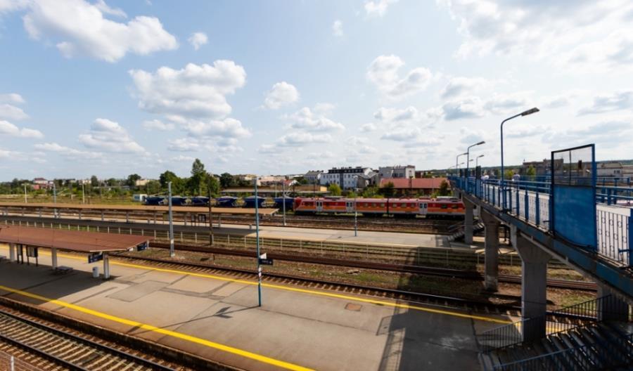 Przetarg na przebudowę stacji Skarżysko-Kamienna unieważniony z powodu przekroczonego kosztorysu