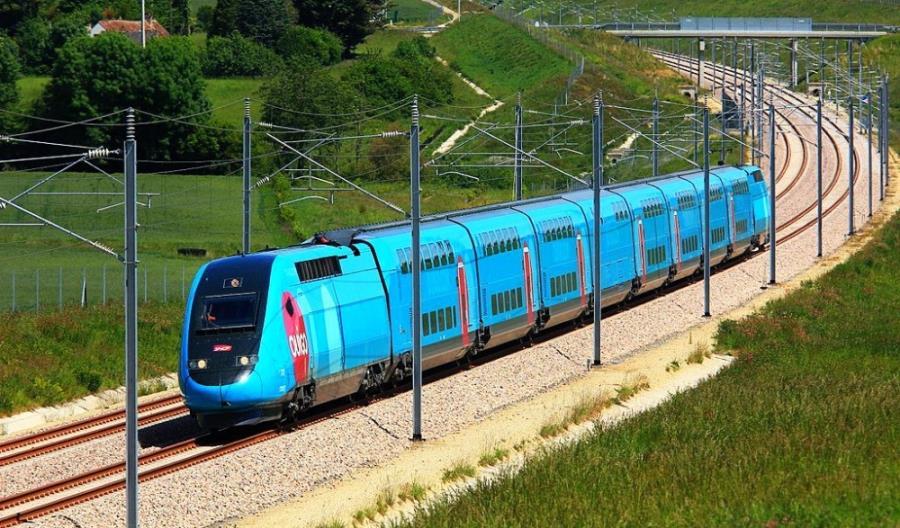 Francja: Tanie pociągi Ouigo na kolejnych paryskich stacjach