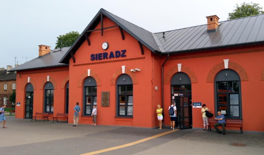 Łódź – Sieradz: W autobusie zastępczym drożej niż w pociągu