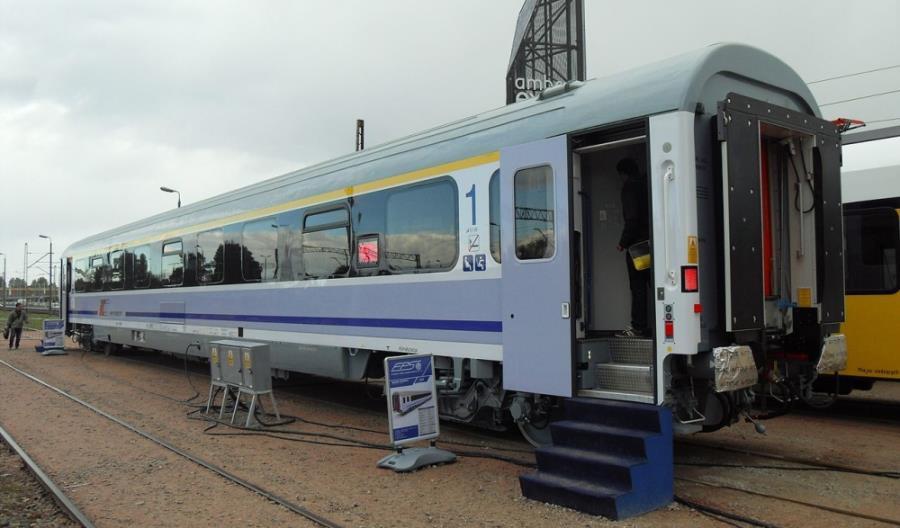 Więcej nowych wagonów. PKP Intercity rozszerza umowę z Cegielskim