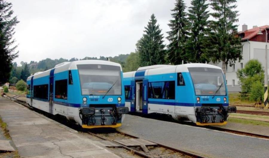 Czechy. Pociąg bez maszynisty, z pasażerami w środku, zbiegł 6 kilometrów