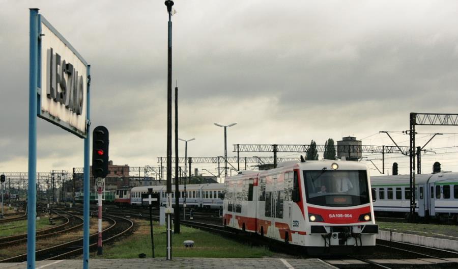 Linia 14: Naprawiony most graniczny, prace pomiędzy Lesznem a Głogowem