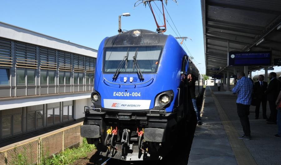 PKP Intercity podsumowały dzierżawę lokomotyw Griffin z Newagu