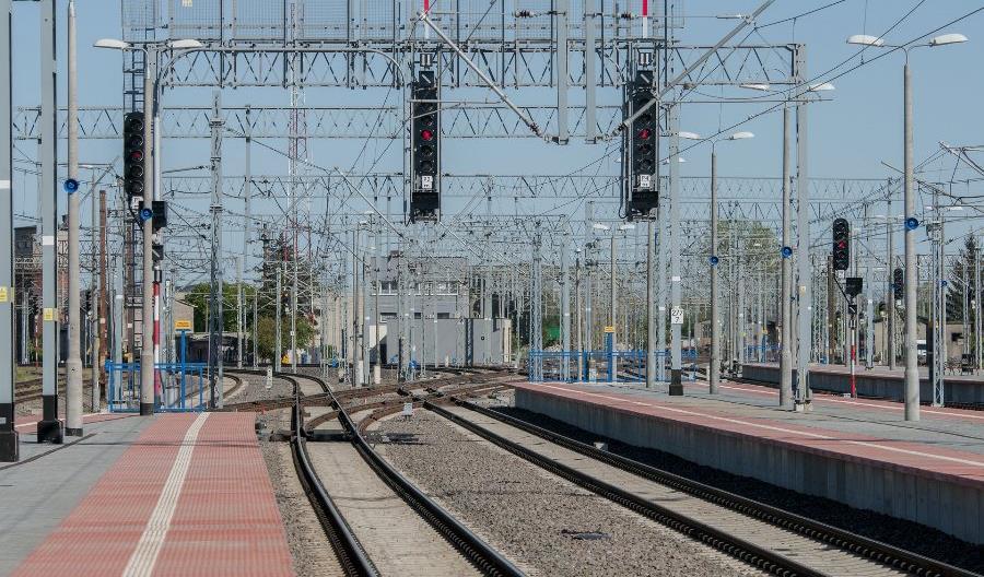 Nowe technologie pilnują sieci trakcyjnej na kolei