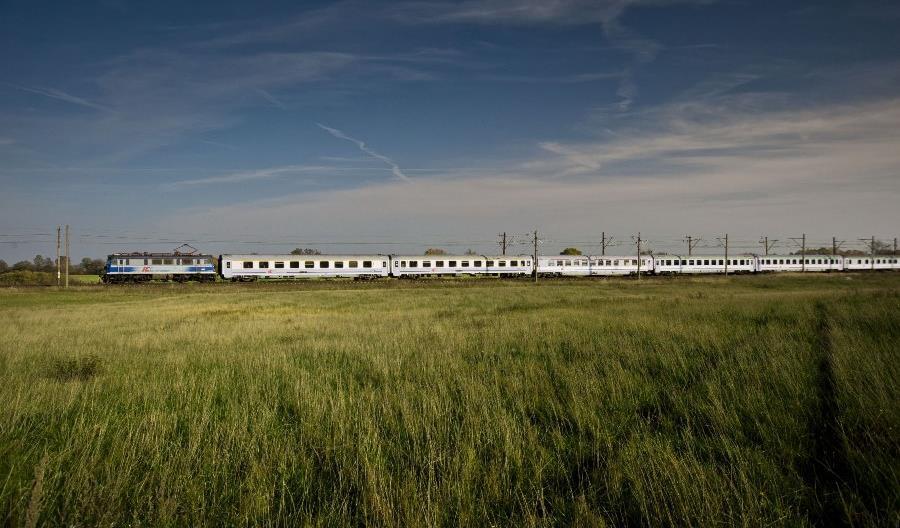 Więcej pociągów PKP Intercity na majówkę