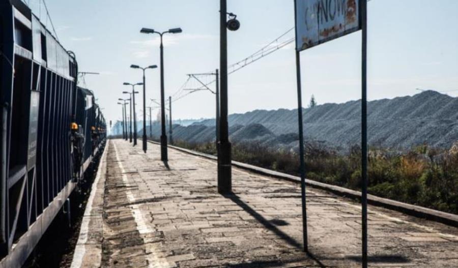 Modernizacja linii nr 8 trwa, PLK wciąż pozyskuje decyzje lokalizacyjne