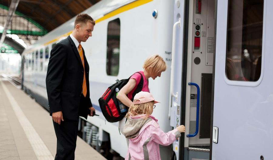 Bezpłatne podróże z PKP Intercity na Dzień Dziecka