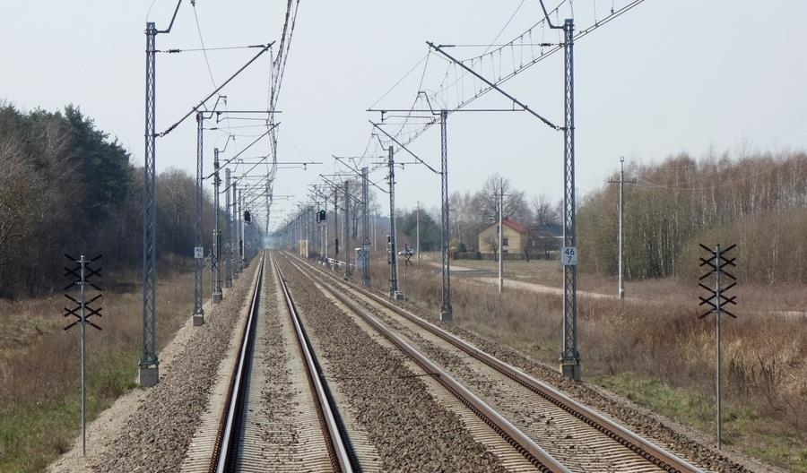 Prezes PLK: Pieniądze na modernizację linii 202 przesunięto na inne inwestycje