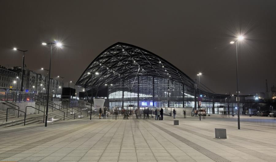 Łódź Fabryczna: Dworzec znów przecieka. Trwa uszczelnianie konstrukcji