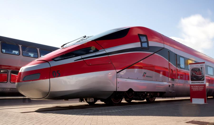 Trenitalia zamawia 14 kolejnych zestawów Frecciarossa 1000. Pojadą 360 km/h