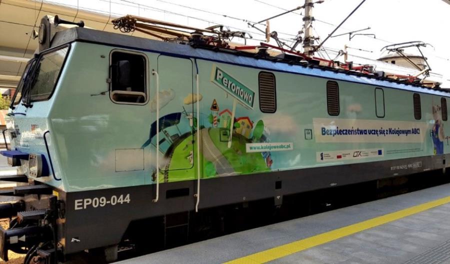 Lokomotywa Kampanii Kolejowe ABC ruszyła w podróż po Polsce