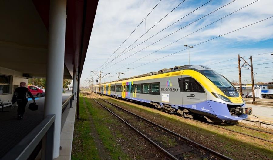 Pociągi wróciły do Zakopanego... i jadą dłużej niż przed remontem