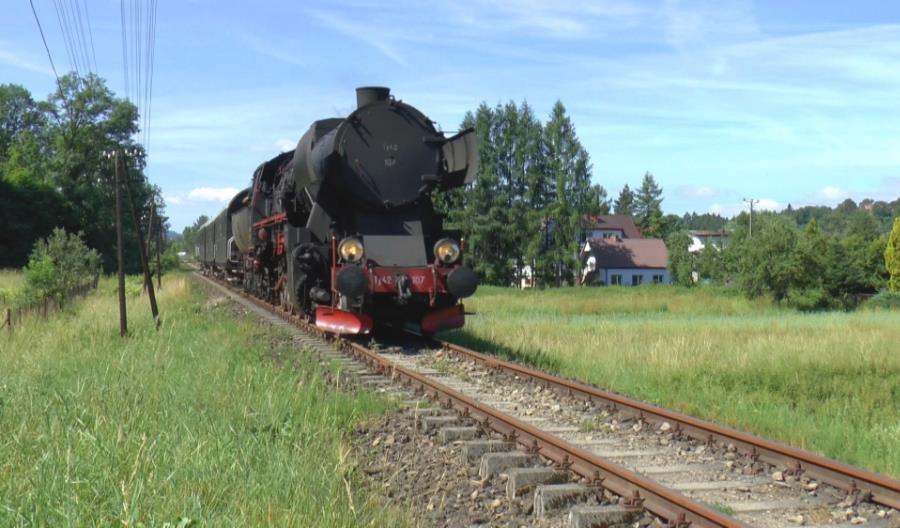 Parowozy poprowadziły w ubiegłym roku aż 1,5 tys. pociągów