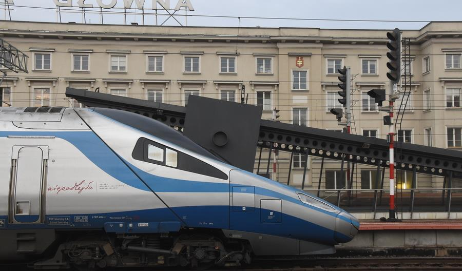 PLK zamówi dokumentację dla przyspieszenia pociągów między Warszawą a Gdynią [sprostowanie]