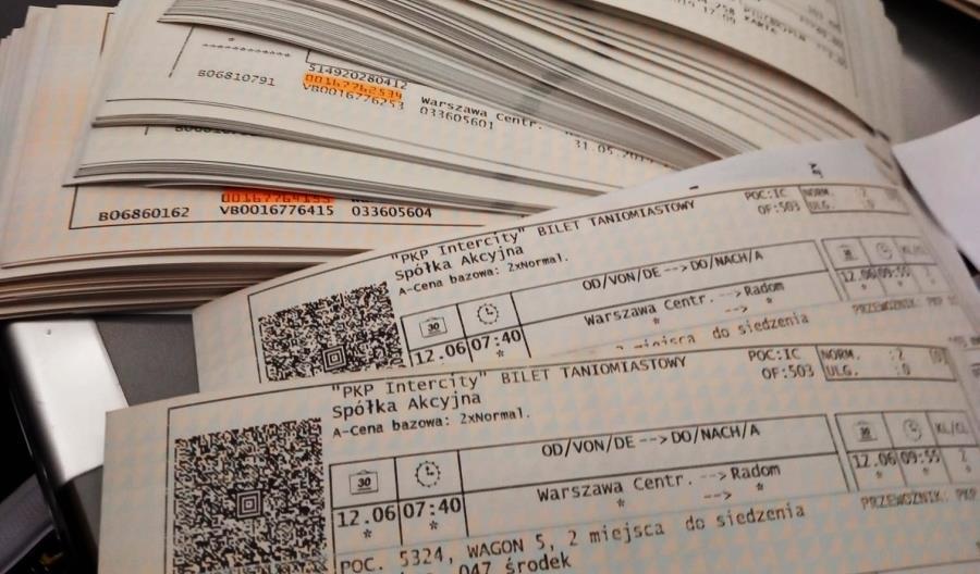 Pasażer kupił ponad 300 biletów do Radomia. Później chciał je zwrócić. Po co?