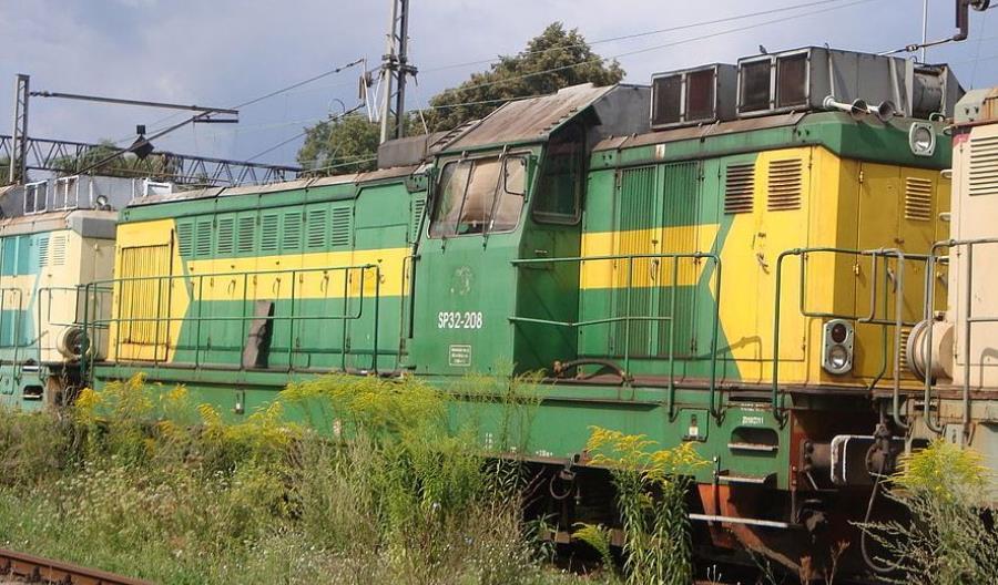 Przewozy Regionalne sprzedają trzynaście lokomotyw