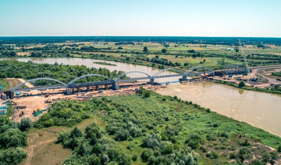 Adamczyk: Zmieniamy projekt Rail Baltica na prośbę Komisji Europejskiej. Będzie 250 km/h?