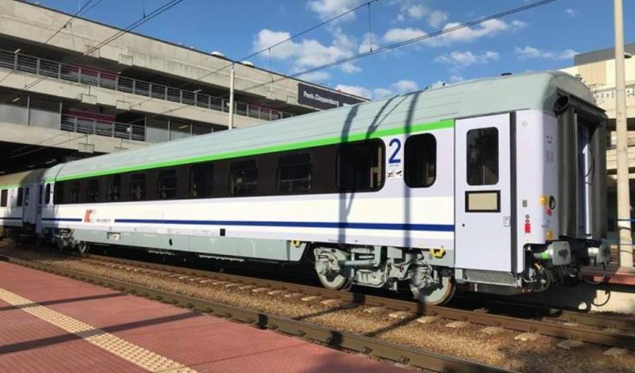 60 zmodernizowanych wagonów 174A już w PKP Intercity