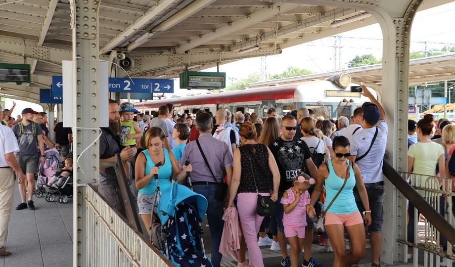 Koleje Śląskie: 15 sierpnia pojechało z nami 100 tysięcy pasażerów