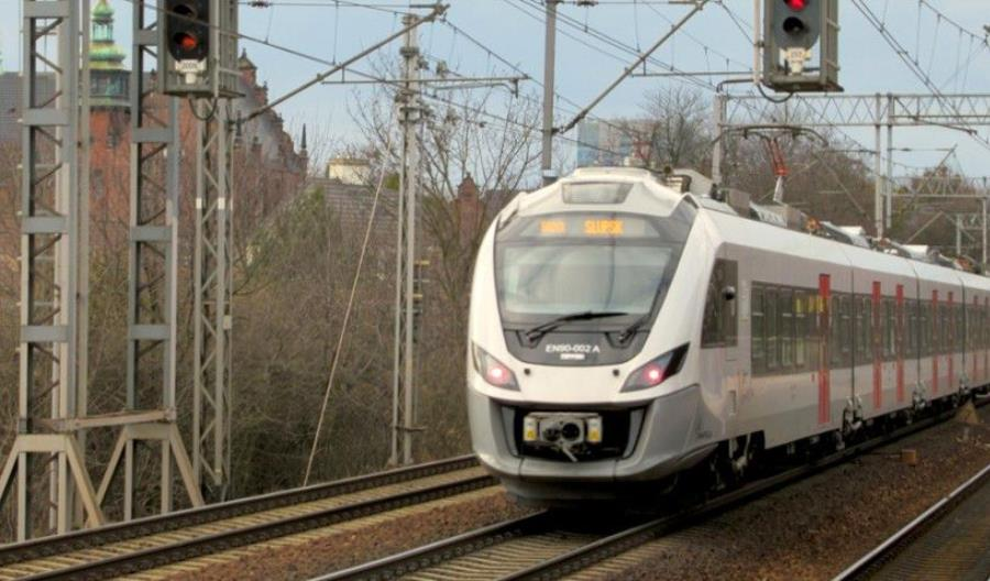 Dodatkowe pociągi na kolejowym szlaku przez Trójmiasto