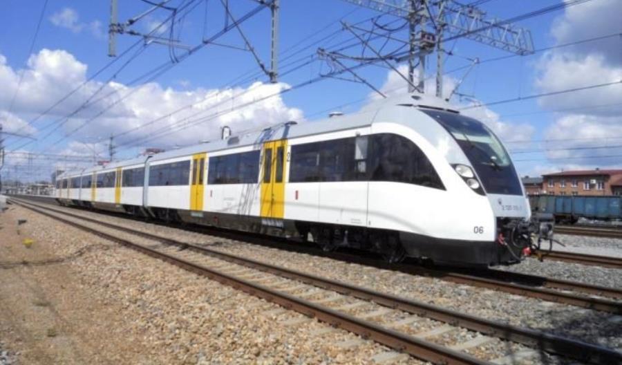 SKM Warszawa chce wynająć pociągi, żeby wzmocnić linię S1. Wrócą sprzedane 14WE?