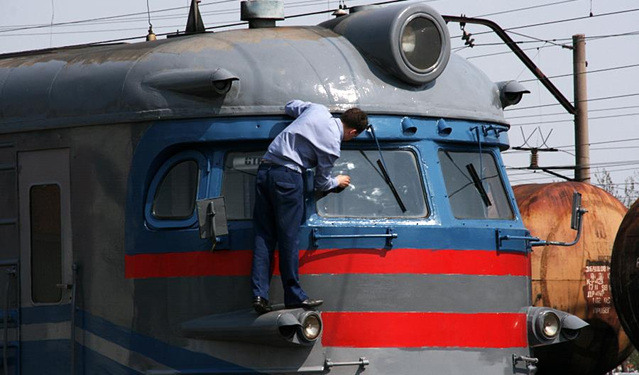 Ukraina: Przygotowania do rozdzielenia przewozów i zarządu nad infrastrukturą