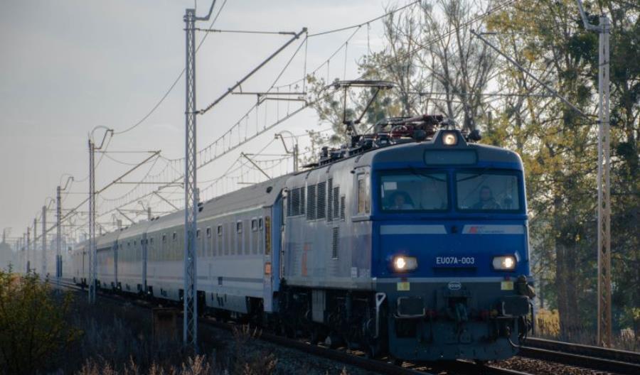 Prędkość 160 km/h dla 20 lokomotyw EP/EU07. Przetarg od nowa