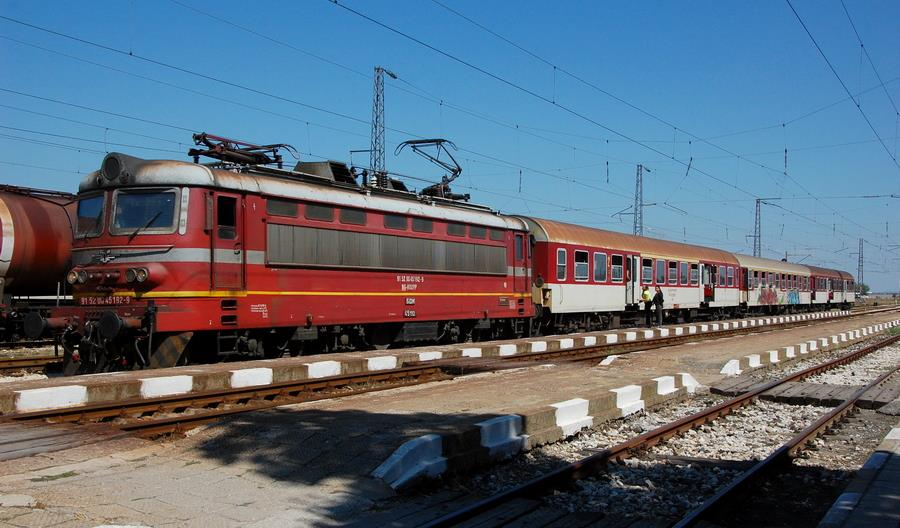 Bułgaria dzieli BDŻ na przewoźnika towarowego i osobowego