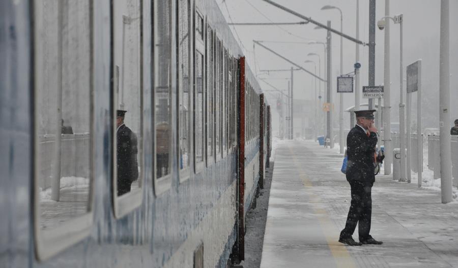 Pociągi PKP Intercity między Krakowem a Katowicami wciąż będą jeździć powoli