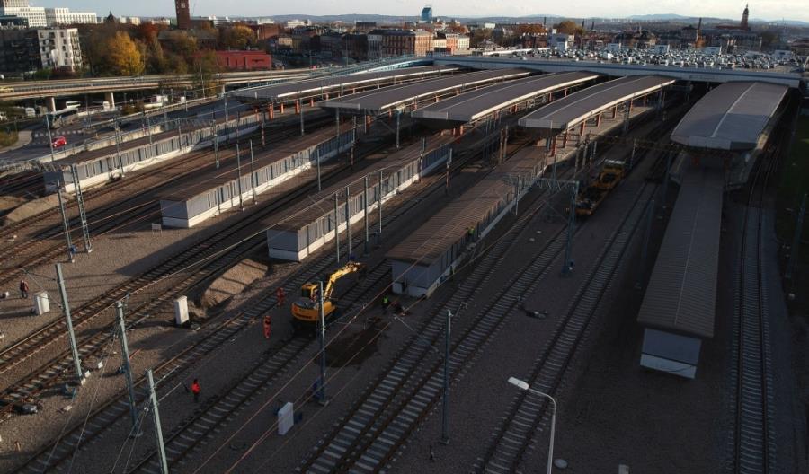 Zmiany w kursowaniu pociągów w Krakowie. Rozpoczyna się montaż systemu srk