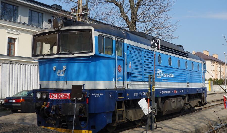 10 lokomotyw manewrowych PKP IC pójdzie do naprawy, 5 liniowych pożyczą Czesi